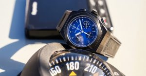 """""""Out of the blue"""": il nuovo Girard-Perregaux Laureato Absolute Cronograph"""