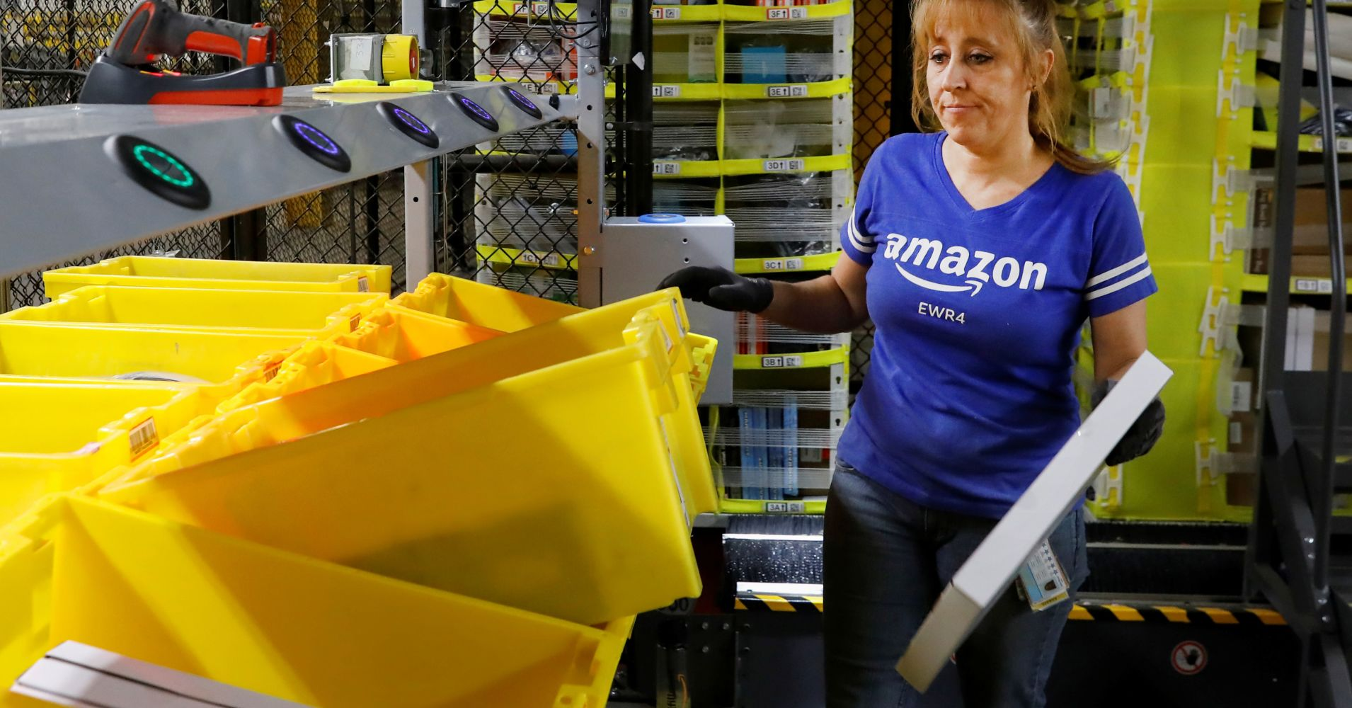 Amazon is the latest retailer to brag about worker compensation