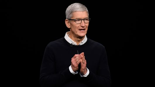 Tim Cook, chief executive officer of Apple Inc., speaks during an event at the Steve Jobs Theater in Cupertino, California, U.S., on Monday, March 25, 2019.