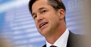 Zillow's home-flipping plan is too risky even with a new CEO