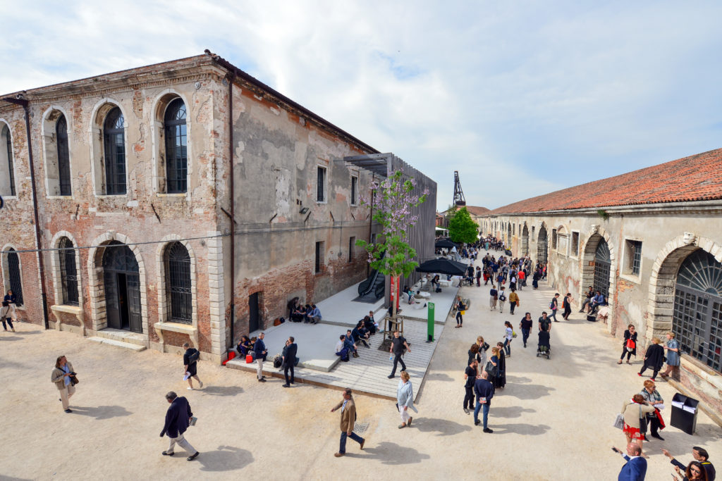 A Rolling Log of Sights and Observations from Venice -ARTnews