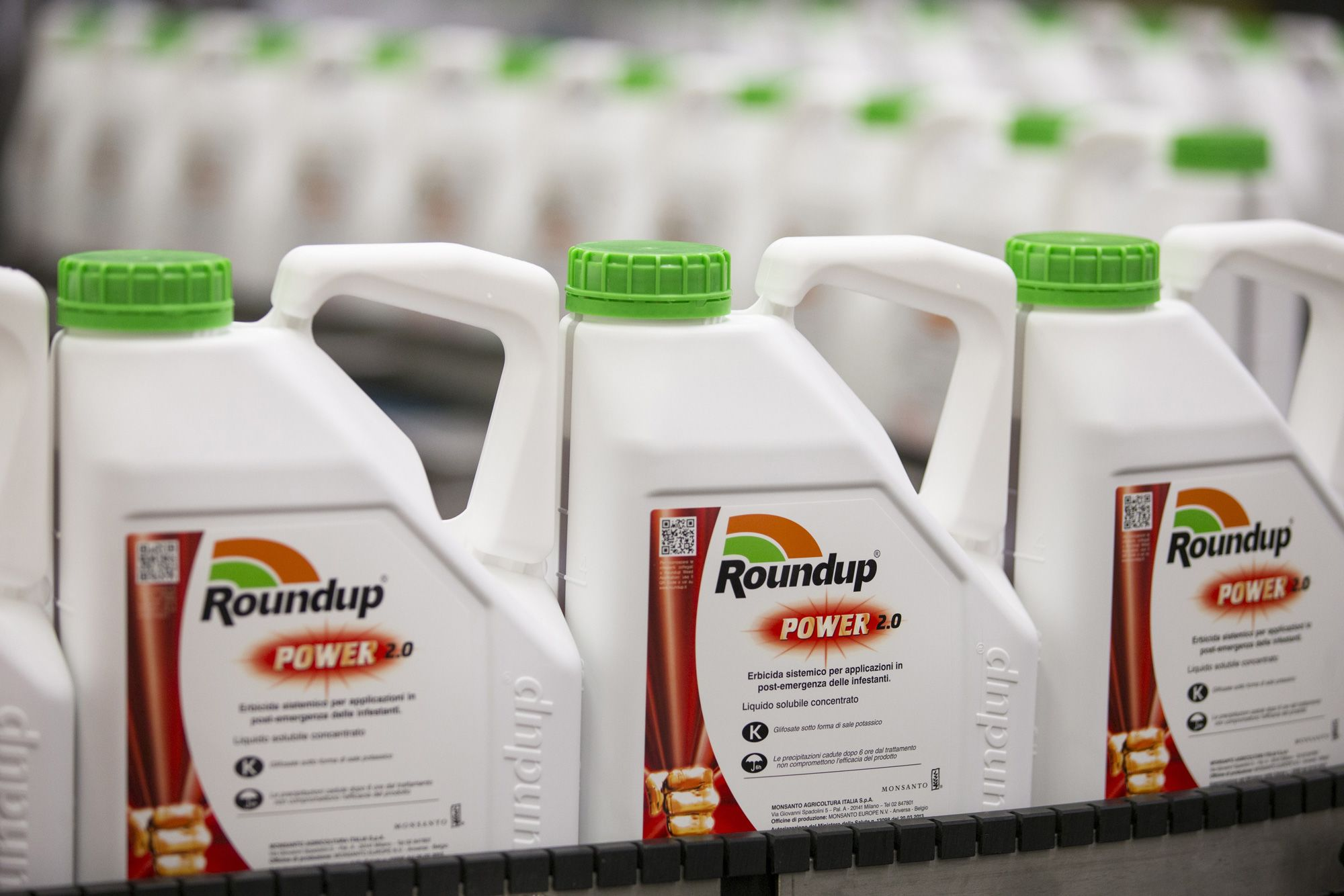 Bayer loses lawsuit that claims weedkiller Roundup causes cancer