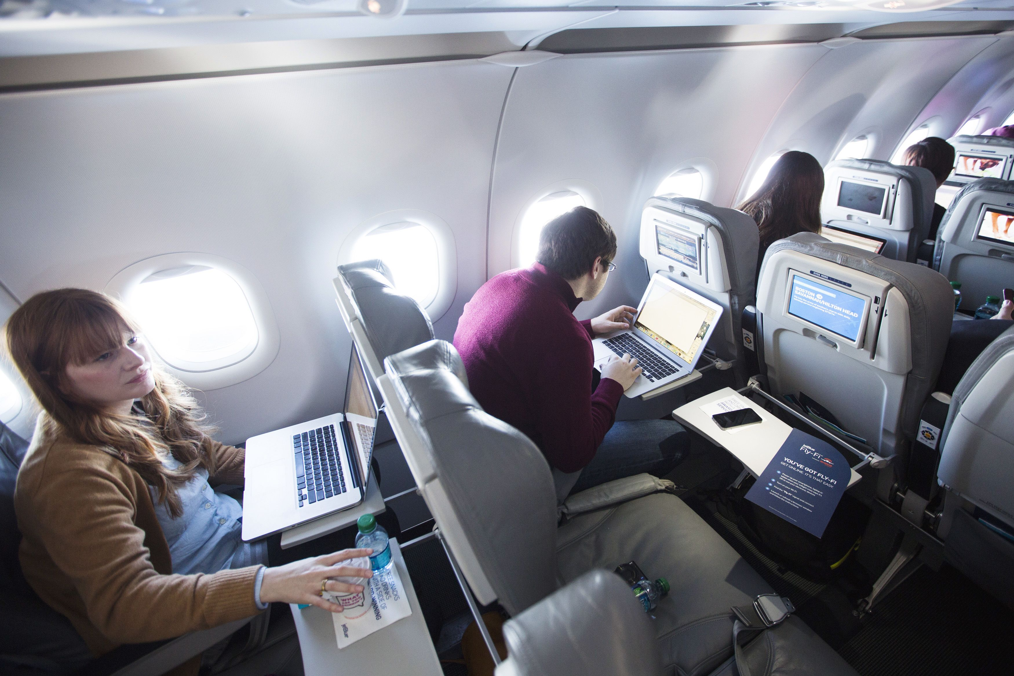 Delta's test of free in-flight Wi-Fi may shame other airlines