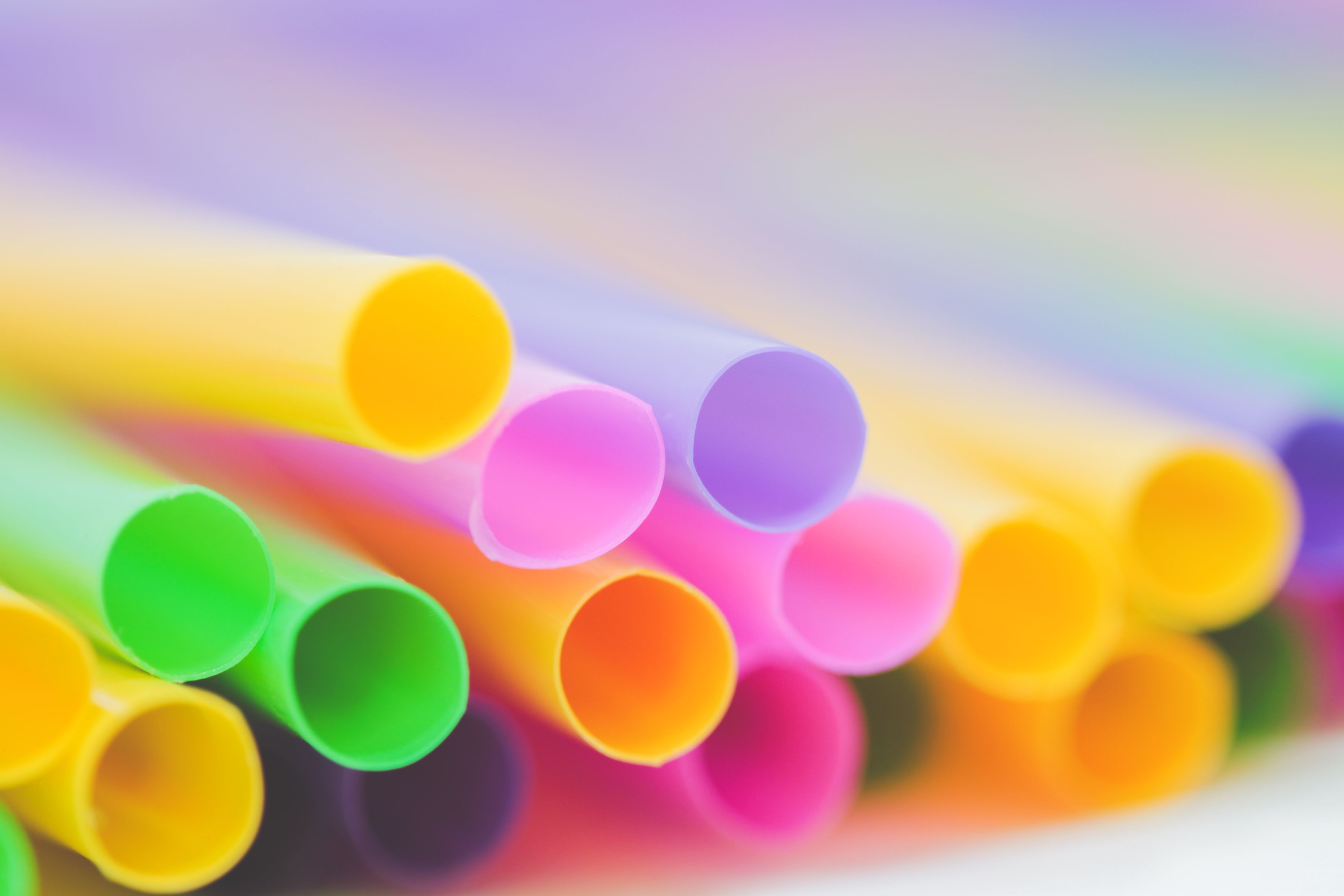 England will ban plastic stirrers, straws and cotton swabs from 2020