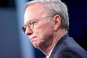 Eric Schmidt, Diane Greene, to leave Alphabet board