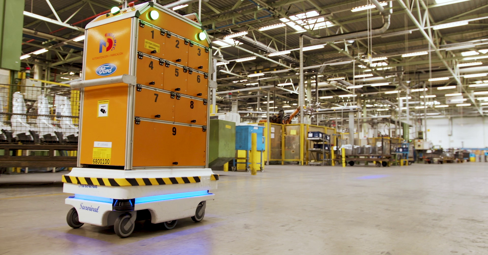 Here's the autonomous robot Ford built. It now works at a factory in Spain