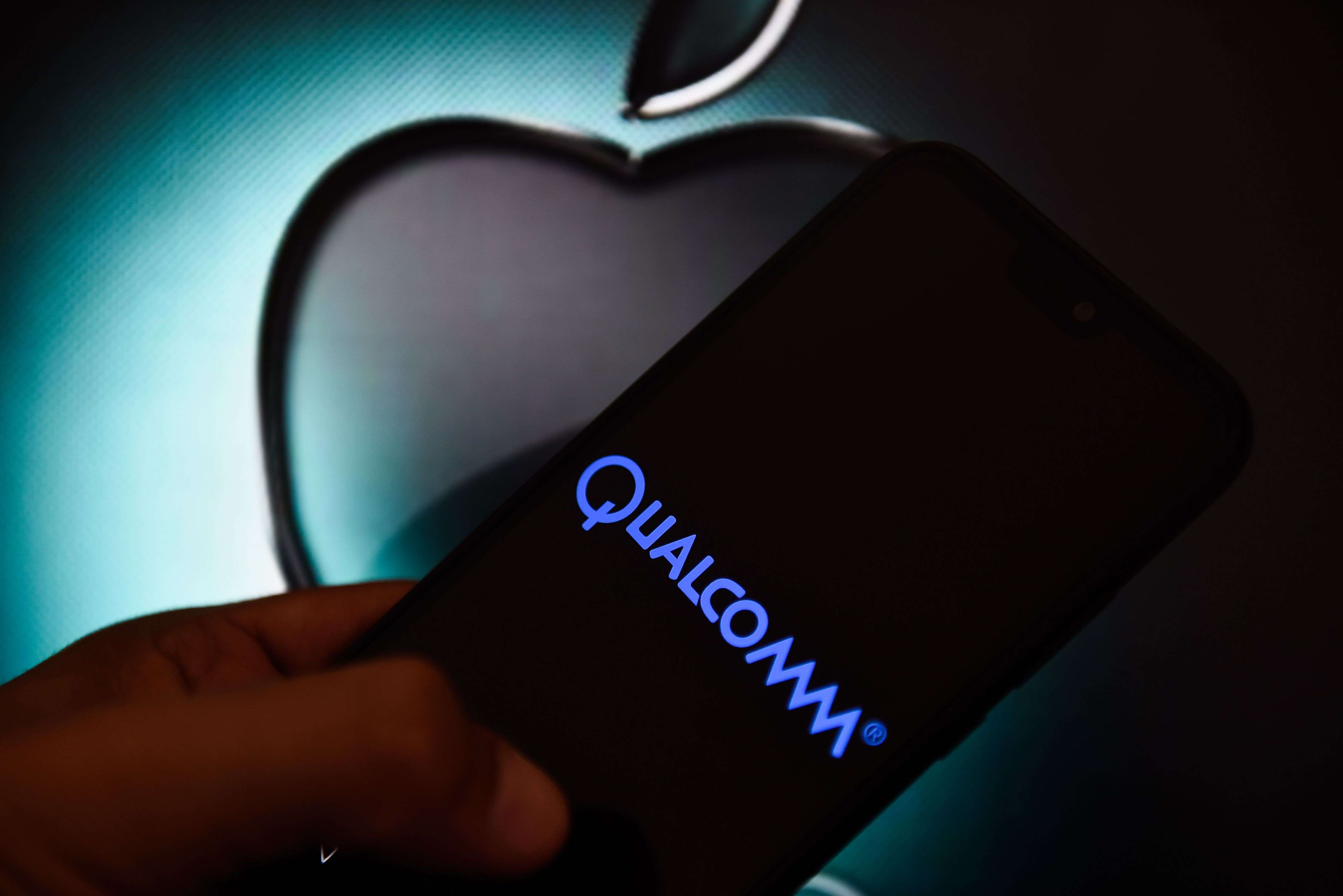 Qualcomm expects at least $4.5 billion from Apple settlement