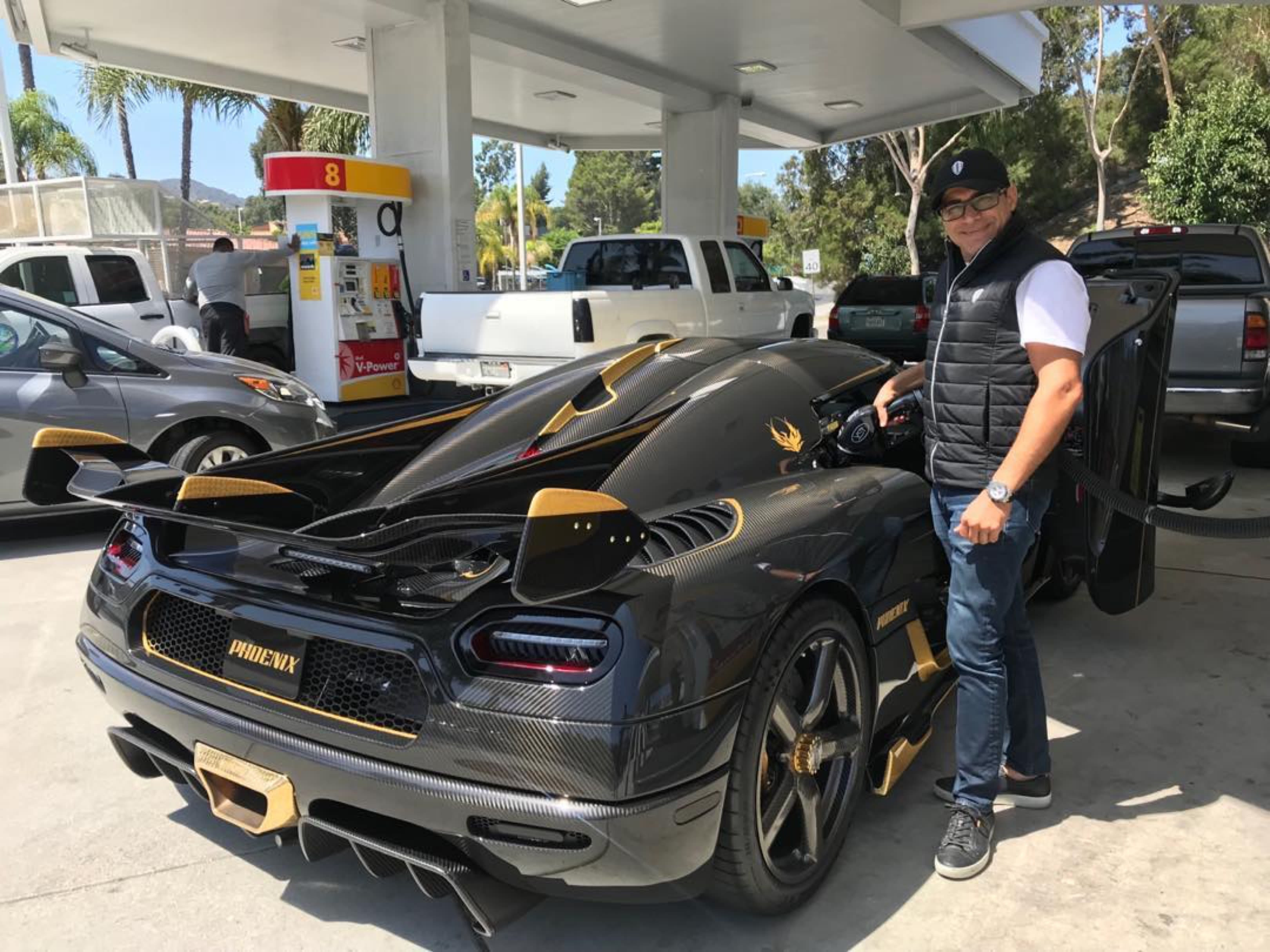 Real estate investor makes $11,875 a day in profit on Koenigsegg supercar