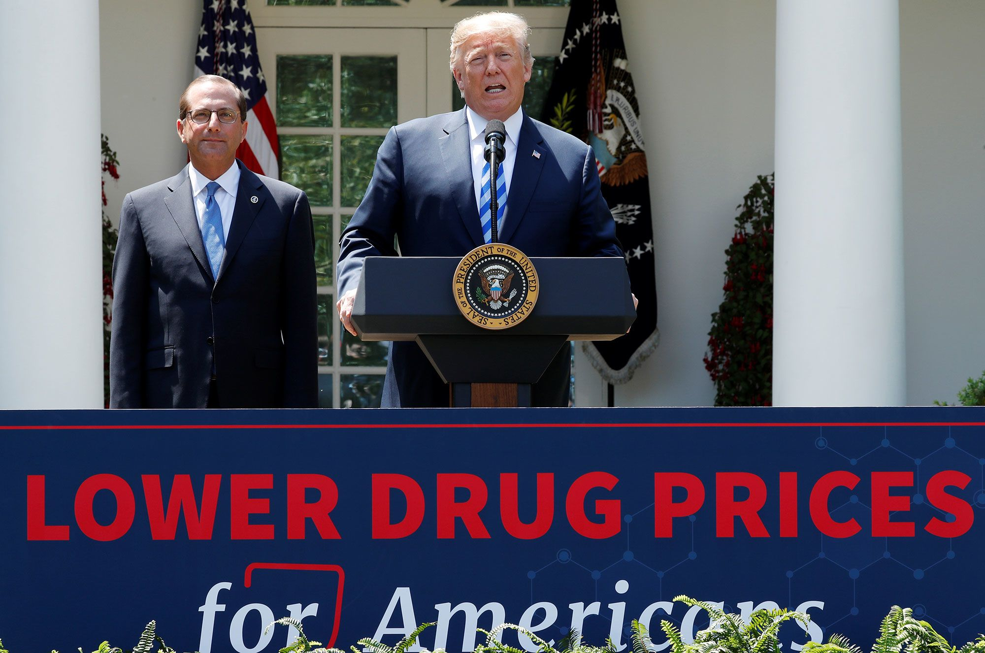 Trump administration requires drug makers to list prices in TV ads