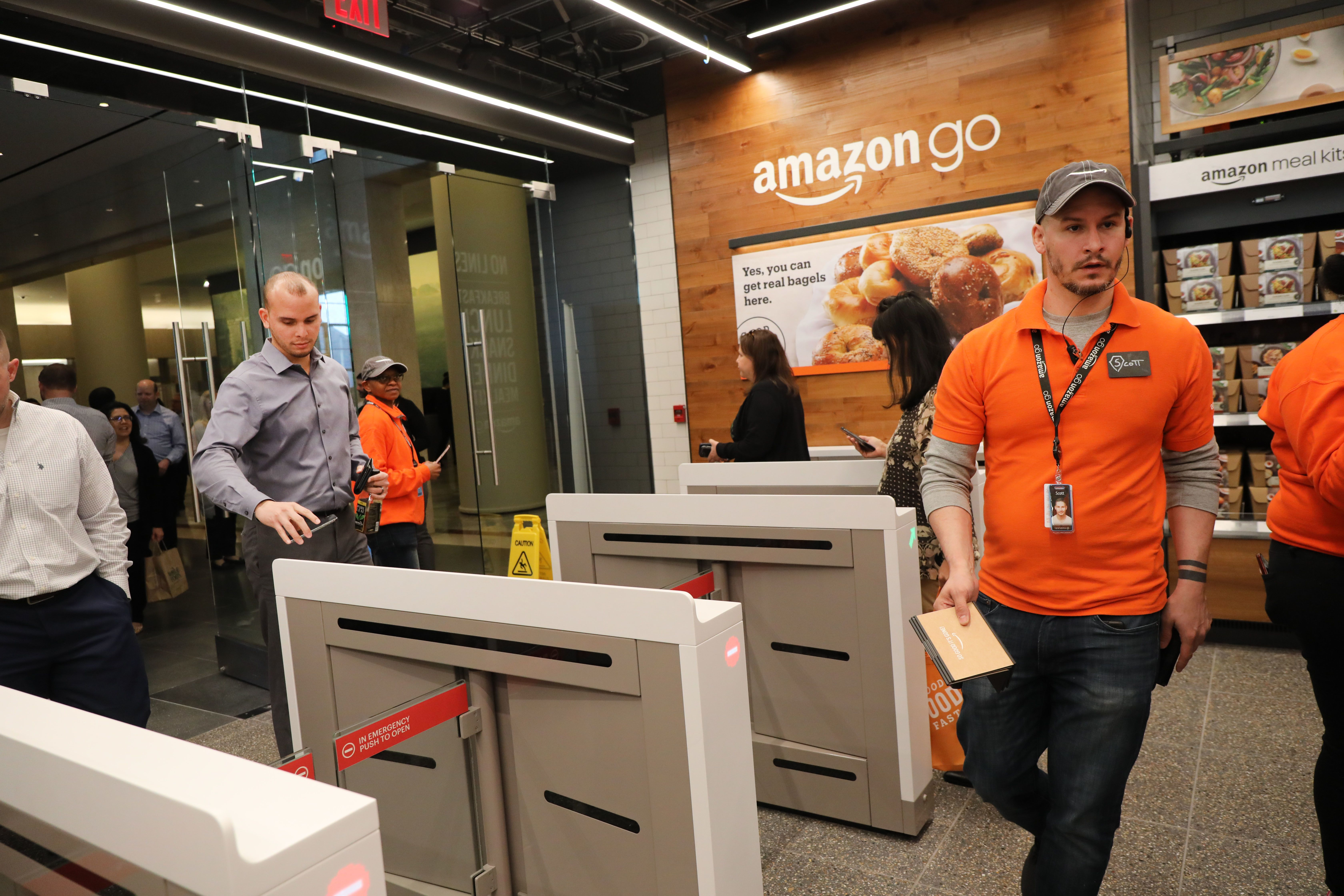 Amazon comes to New York with another one of its cashier-free stores