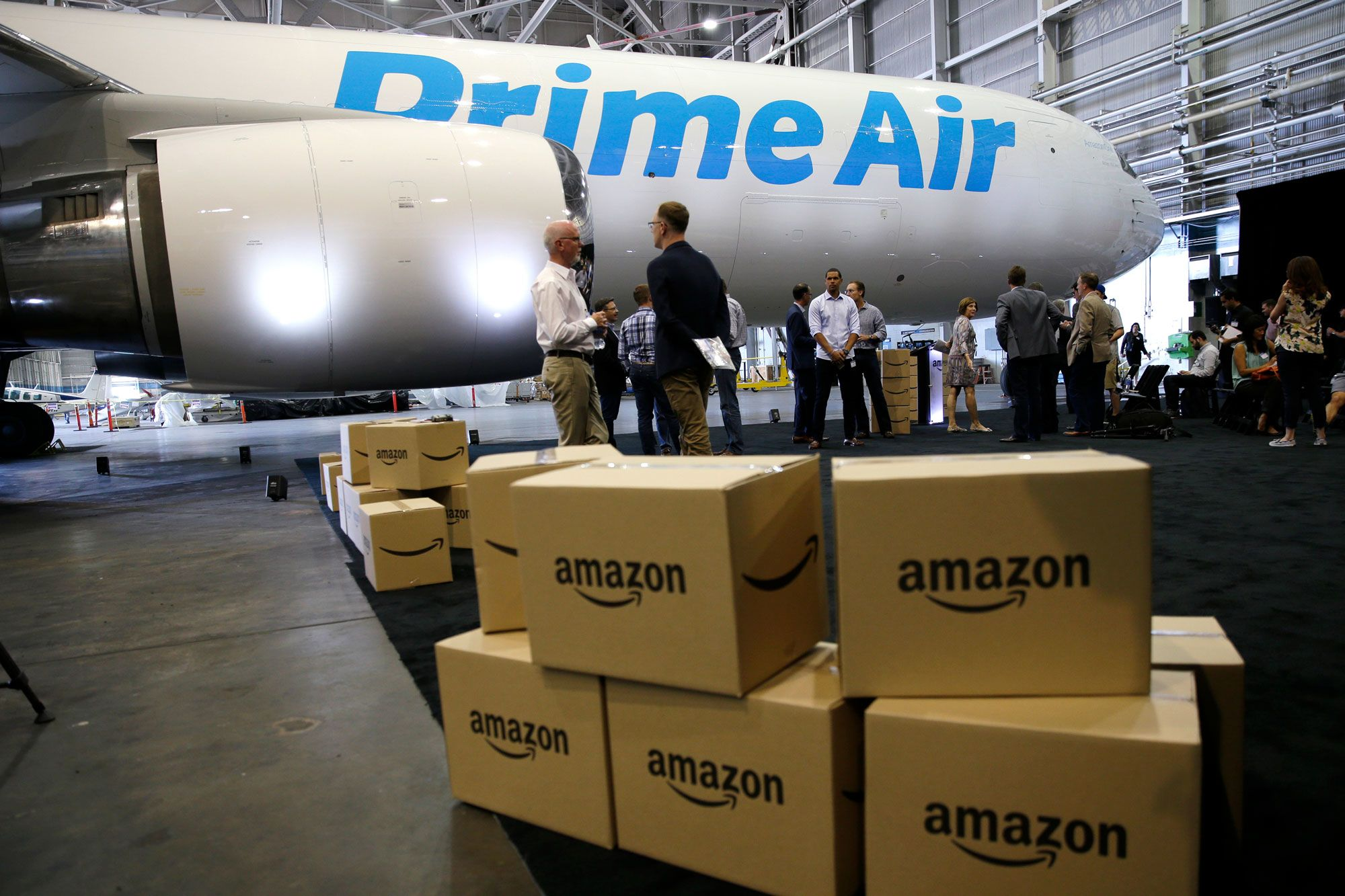 Amazon starts to roll out free one-day delivery for Prime members