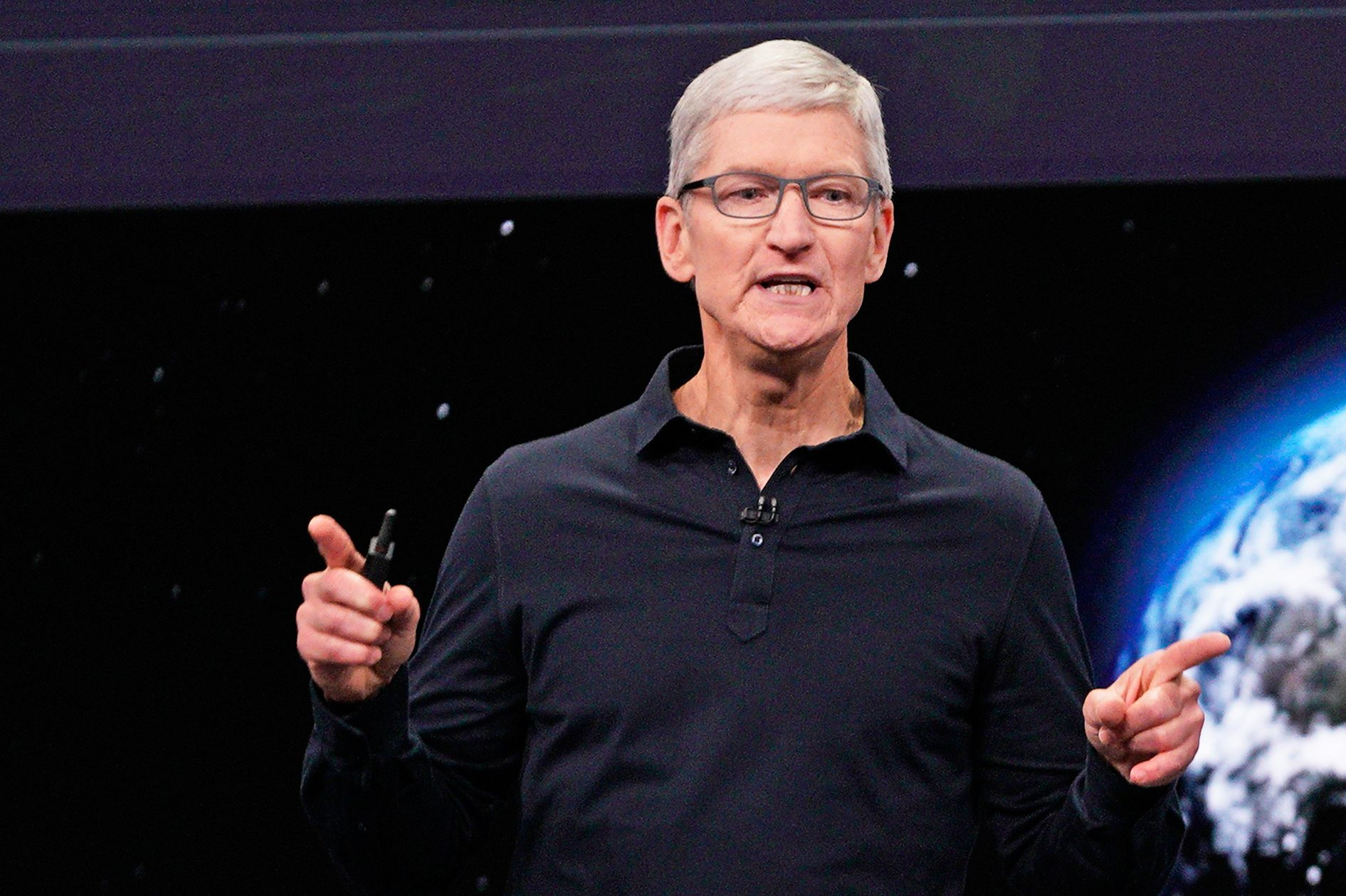 Apple took swipes at Google and Facebook at WWDC