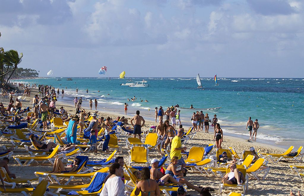 US tourists cancel trips to Dominican Republic following deaths