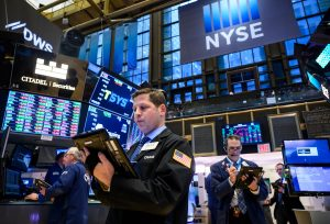 Wall Street monitors trade and growth concerns