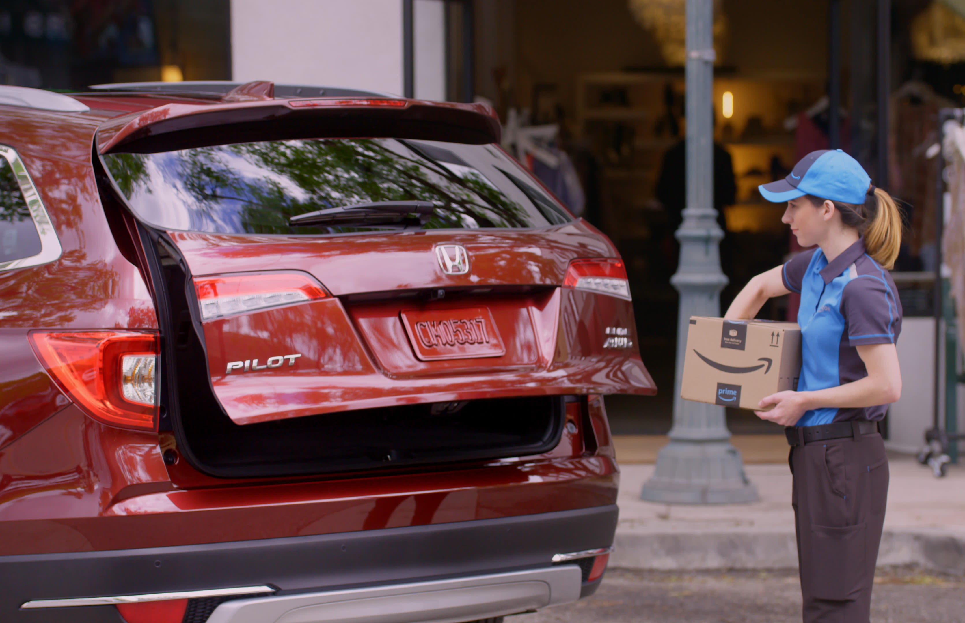 Honda drivers can now get Amazon parcels delivered to trunk of car