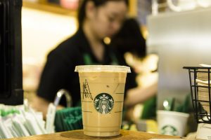 Starbucks shares 6% on renewed momentum in the US and China