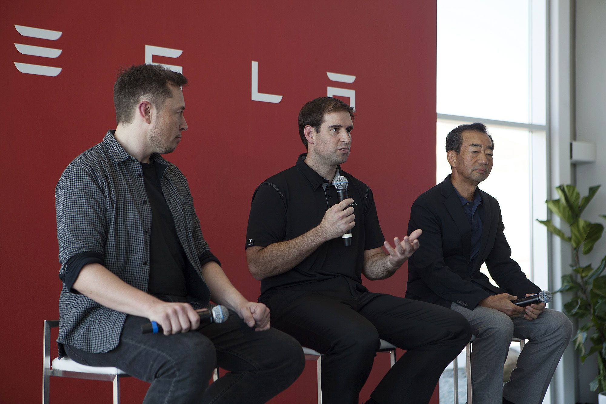 Tesla says CTO JB Straubel is moving to advisory role