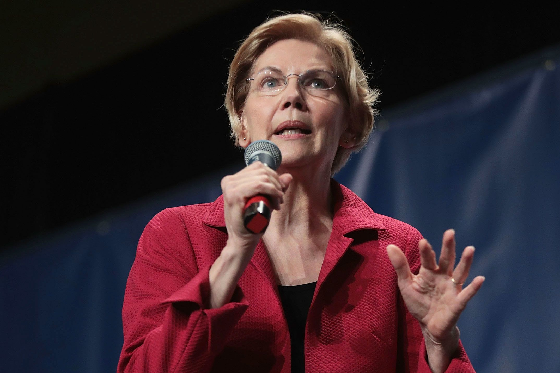 Warren reintroduces legislation requiring firms to disclose climate risk