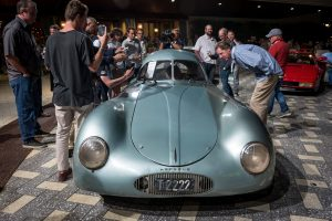 $20 million Porsche flops in auction snafu