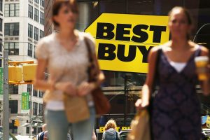 Best Buy shares sink after quarterly revenue and same-store sales miss