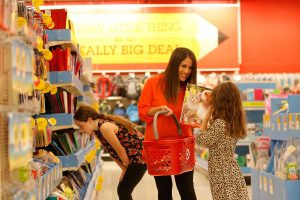 Target reports fiscal 2019 q2 earnings