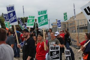 GM, White House deny Politico report of administration involvement in UAW talks