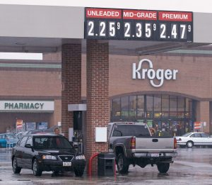 Kroger joins Walmart, asks shoppers not to openly carry guns in stores