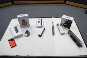 Lawmakers urge FDA to pull Juul, other e-cigarettes from the market