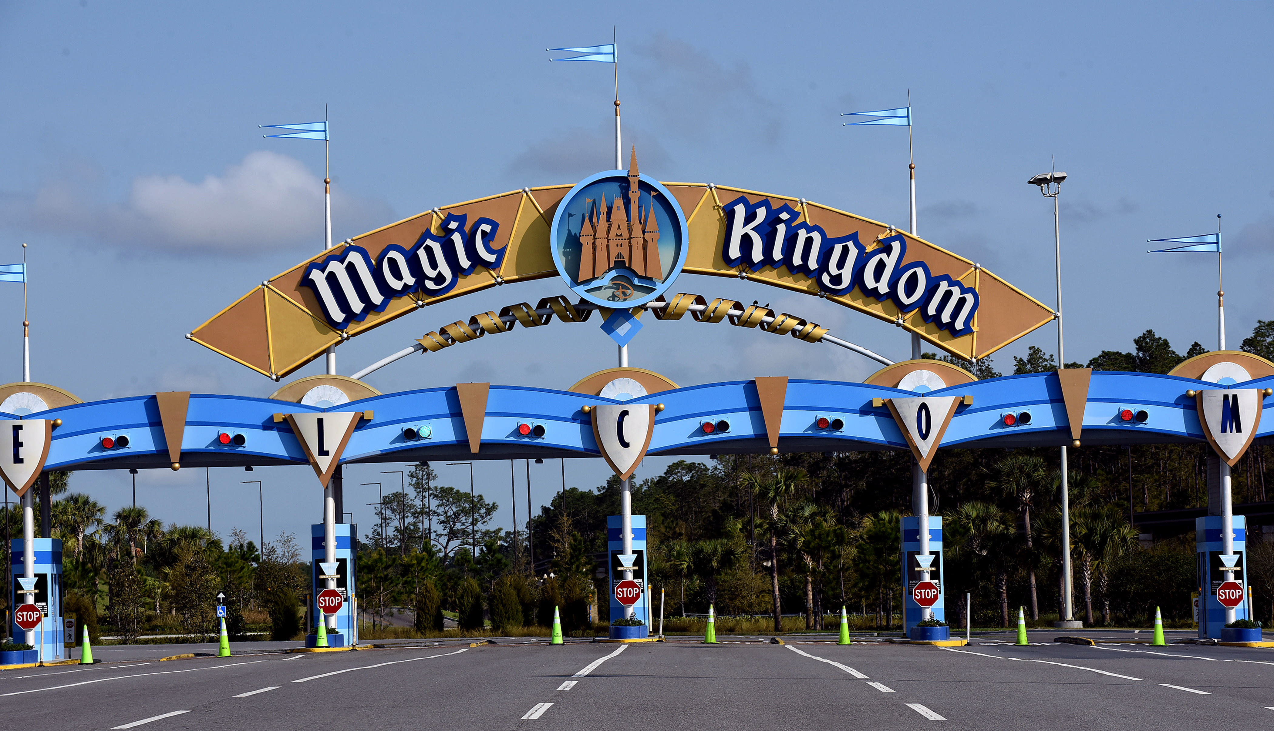 Disney World employees petition to delay reopening