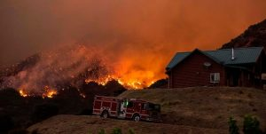 Southern California wildfire forces thousands to evacuate