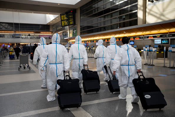 CDC urges Americans against traveling for Thanksgiving as coronavirus outbreak worsens