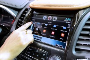 GM to offer auto insurance using data from connected vehicles