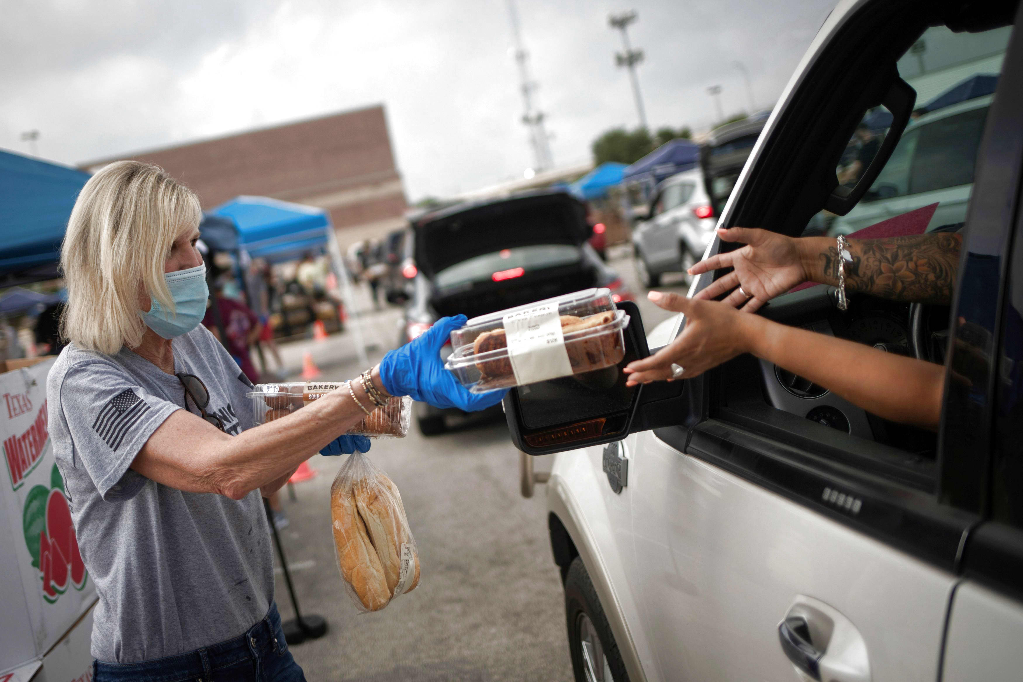 Texas food bank doubles amount of people it serves amid Covid