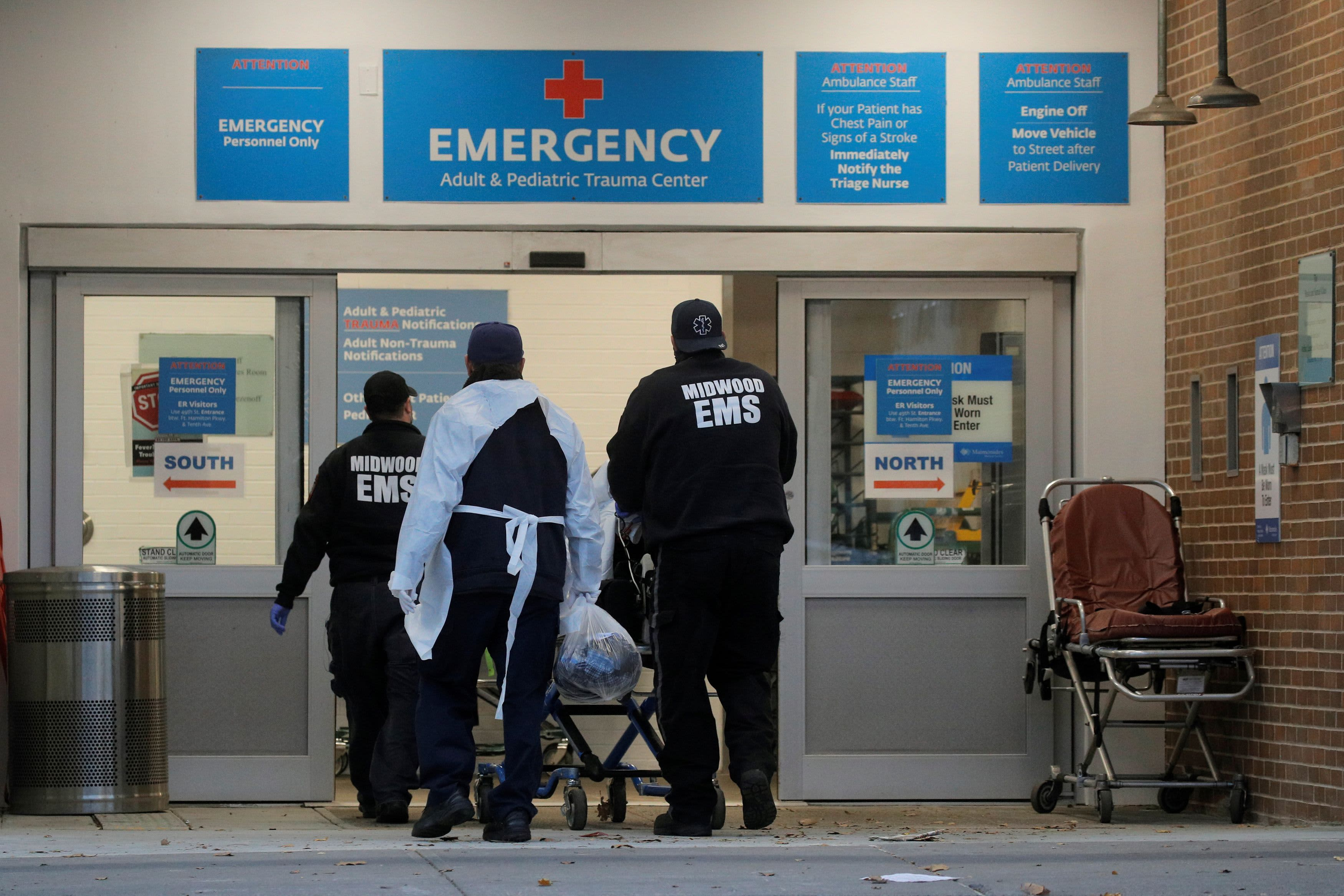 U.S. reports nearly 200,000 new cases as more than 1,500 people die daily