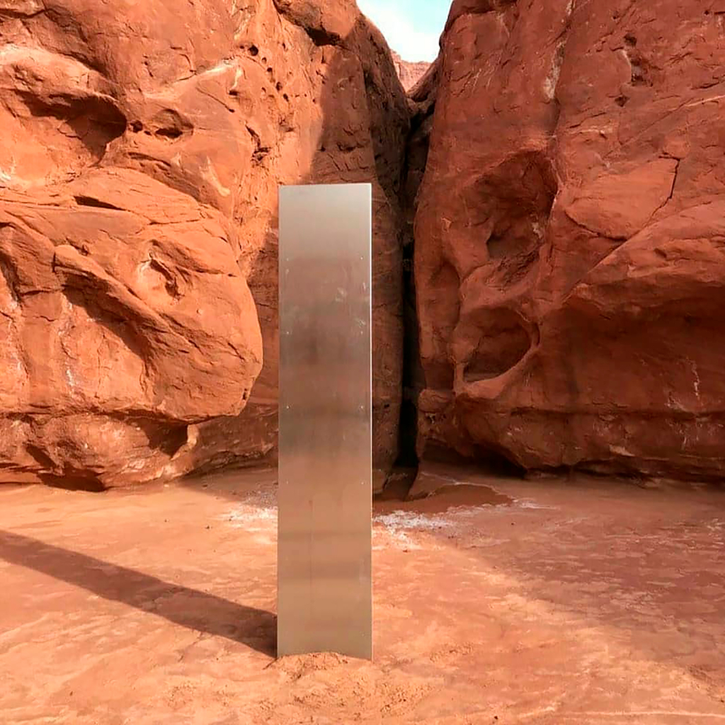 How the Utah Monolith Became a Public Art Instagram Trap – ARTnews.com