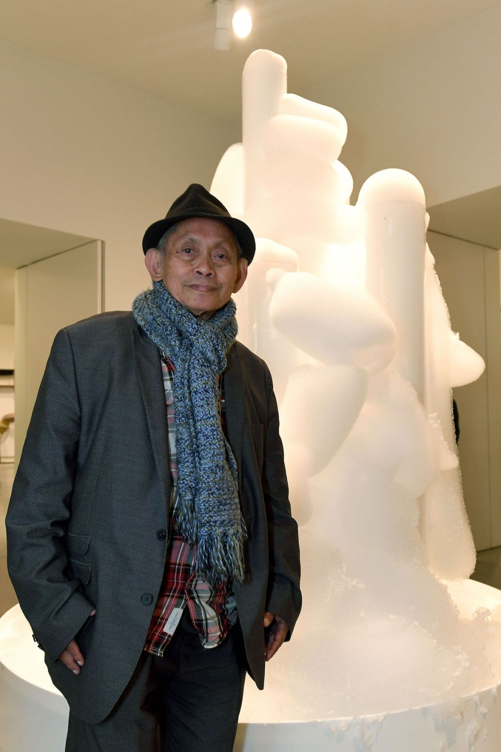 Avant-Garde London Artist Dies at 78 – ARTnews.com