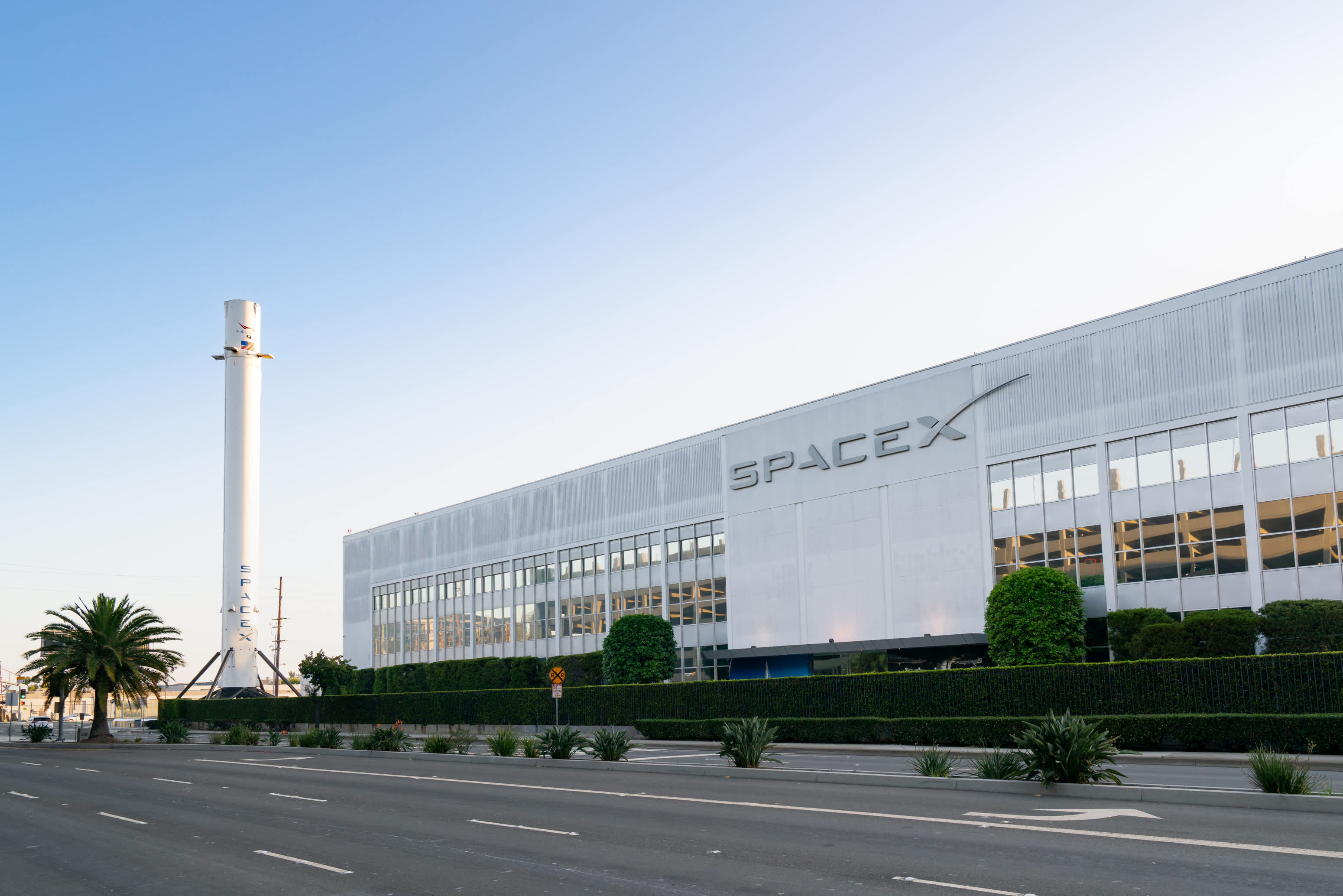 SpaceX engineer pleads guilty to DOJ charges of insider trading with material bought on the dark web