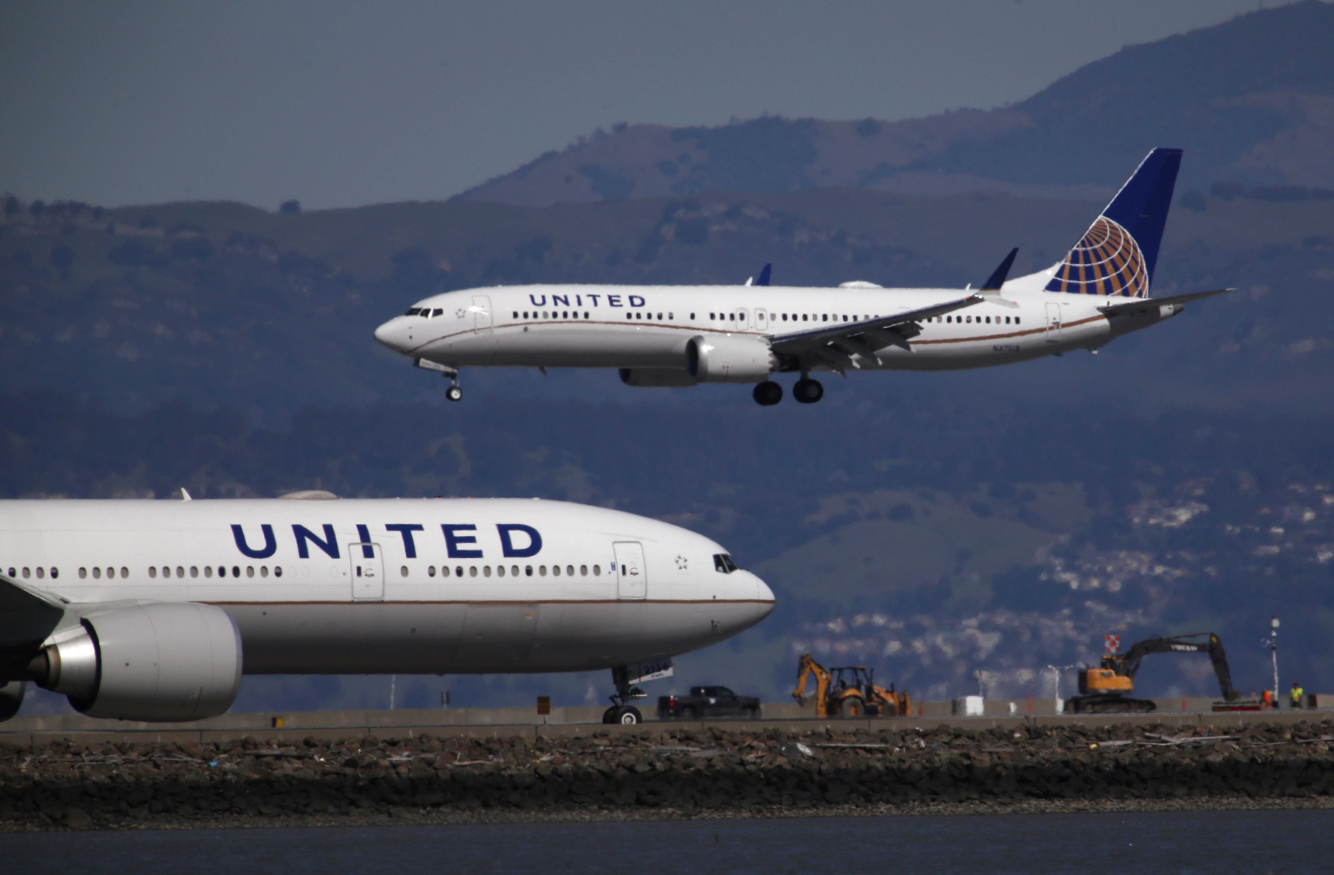 United Airlines buys 25 additional Boeing 737 Max jets in vote of confidence in the planes