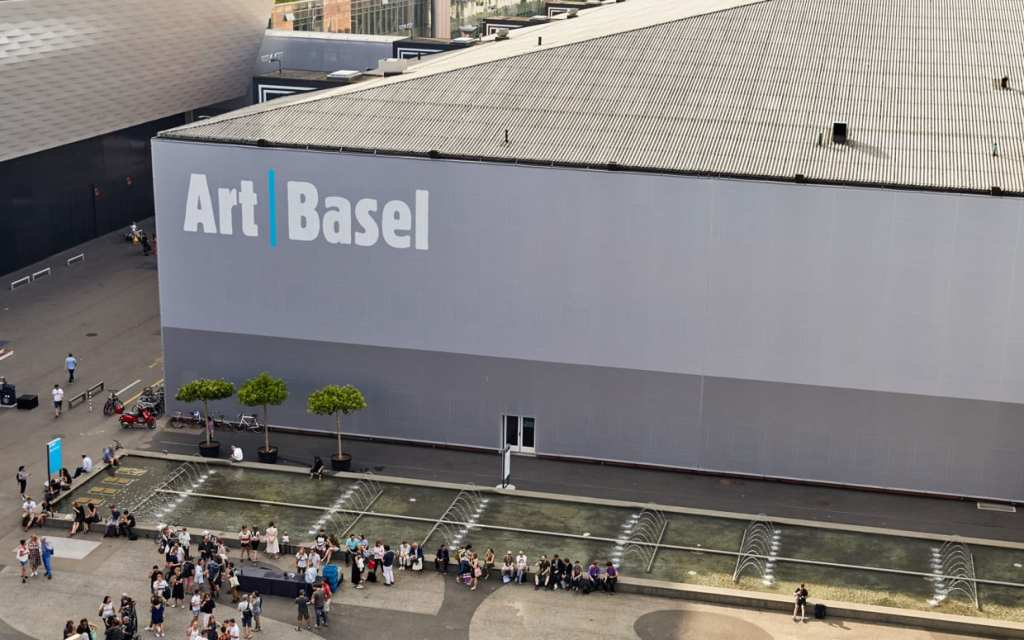 Art Basel Hong Kong Is On Deck, Pace Grows in Seoul, and More: Morning Links from April 8, 2021