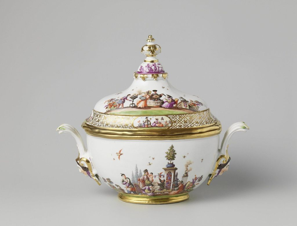 Sotheby's to Sell Prized Porcelain Collection Restituted by Dutch Government