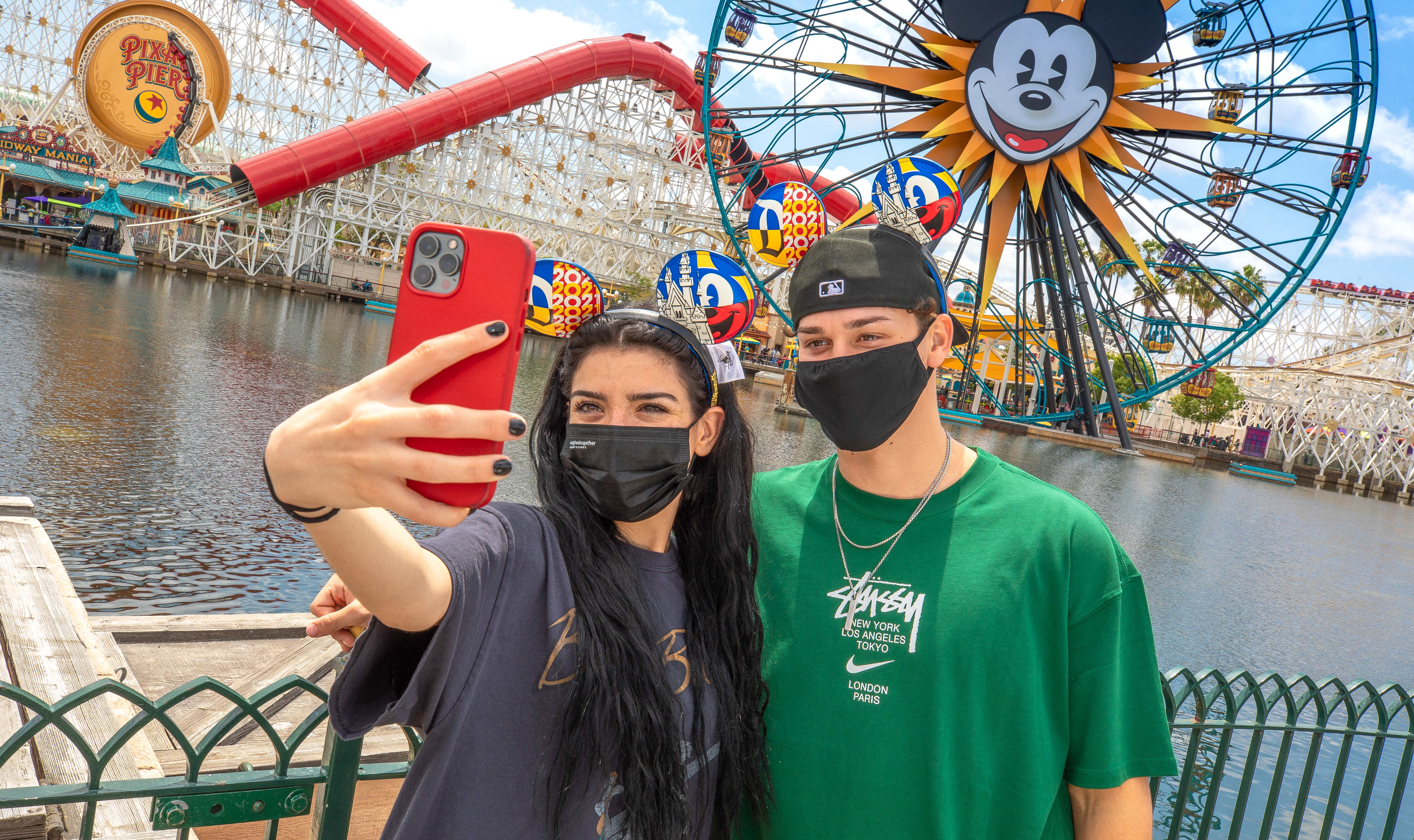 With theme parks set to rebound this summer, travel advisors share trip tips