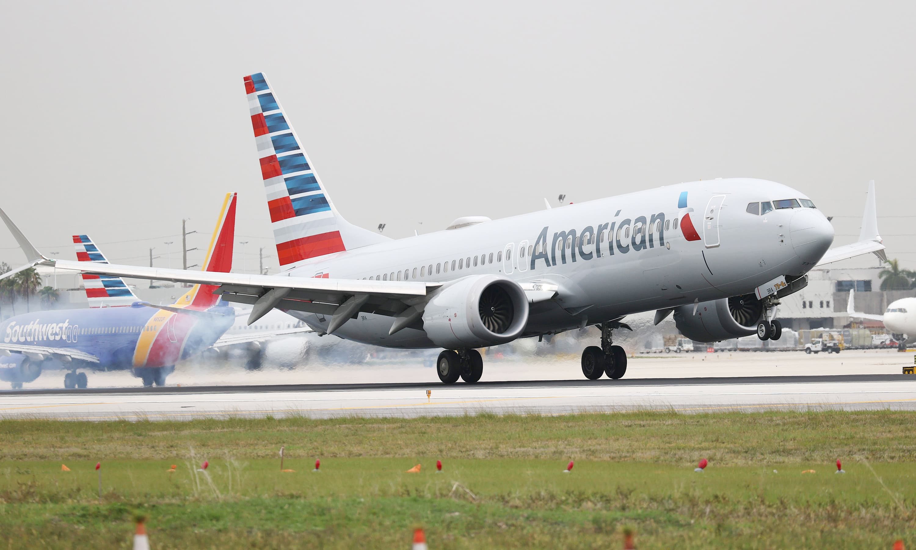 American Airlines says it flew three times as many passengers over July 4 weekend compared with 2020