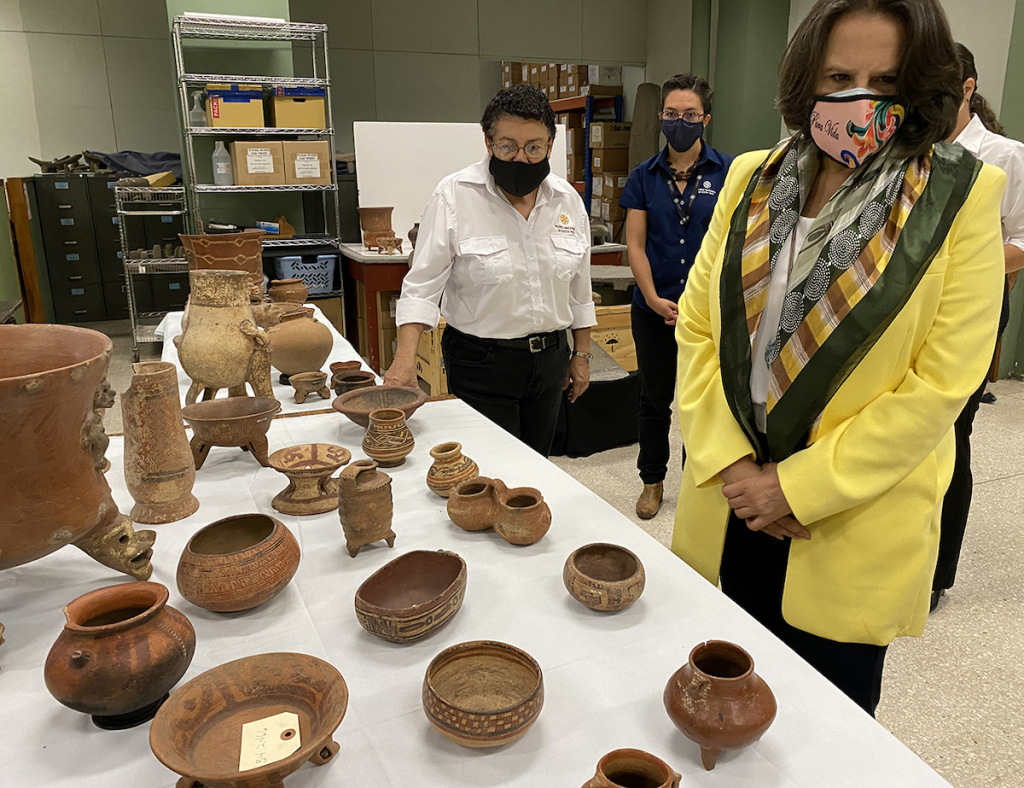 Brooklyn Museum Returns More Than 1,300 Artifacts to Costa Rica