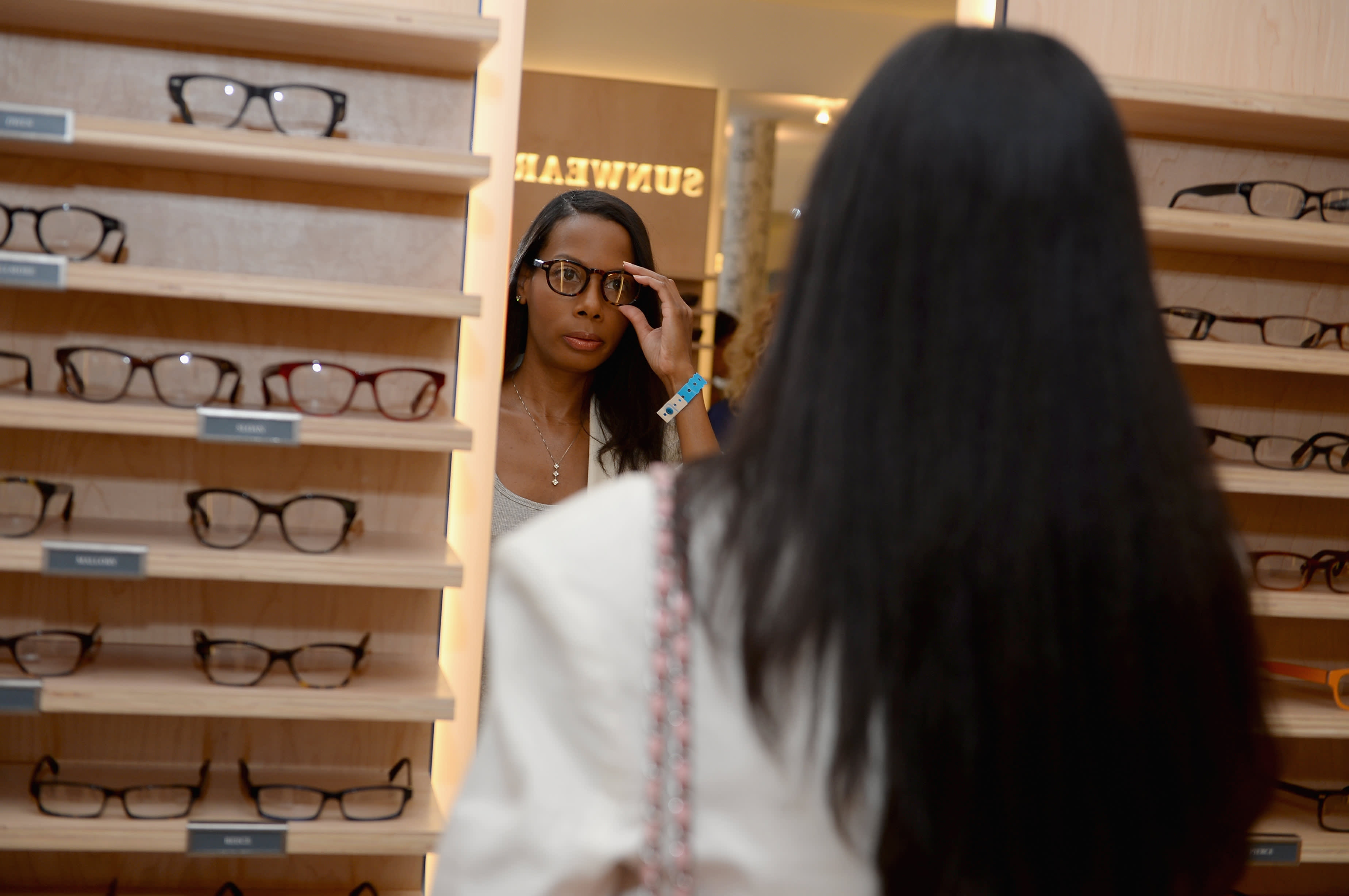 Eyeglass retailer Warby Parker in IPO filing reveals rising sales—but also widening losses