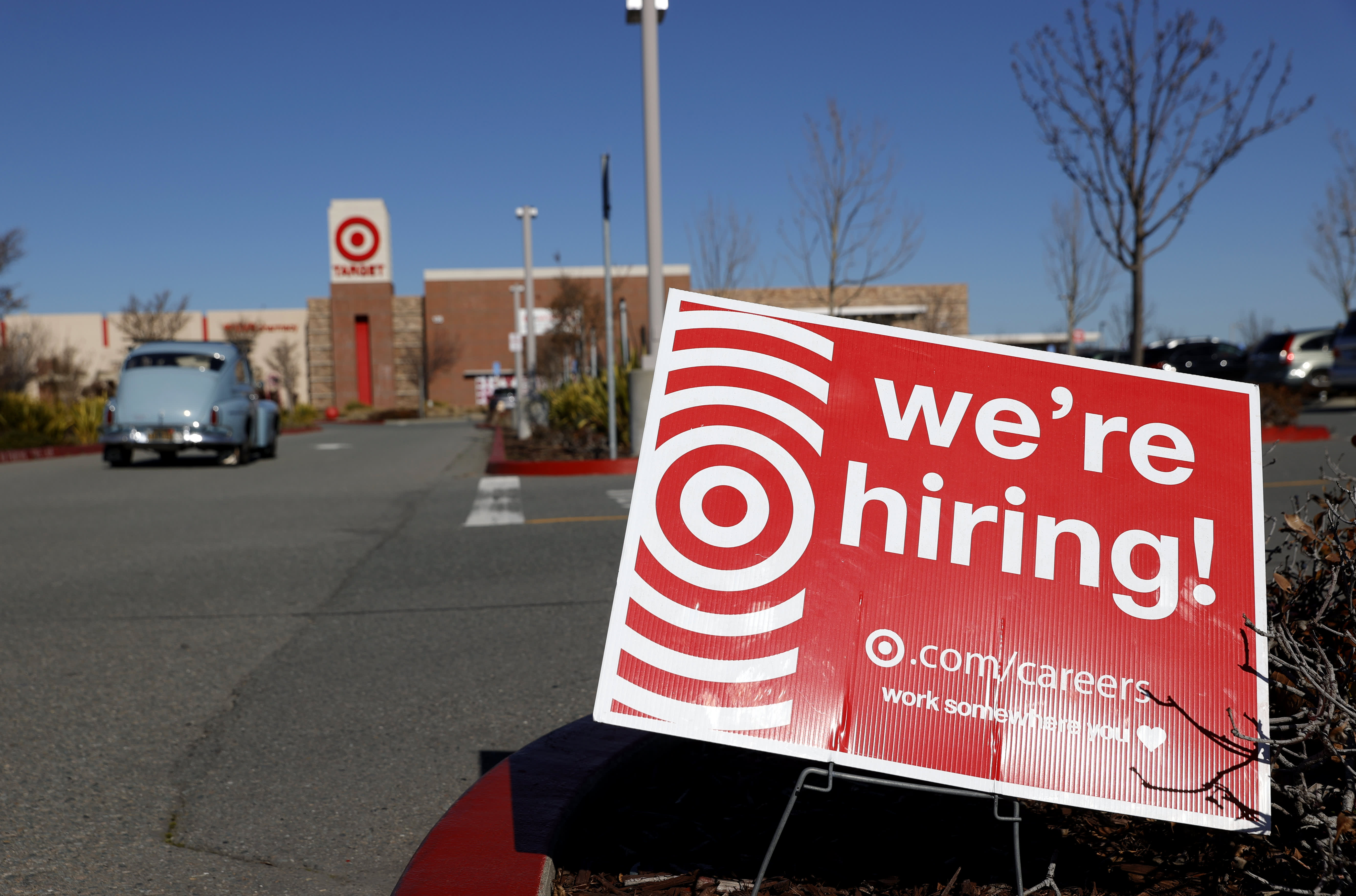 Target to pay 100% of college tuition and textbooks in bid to attract workers