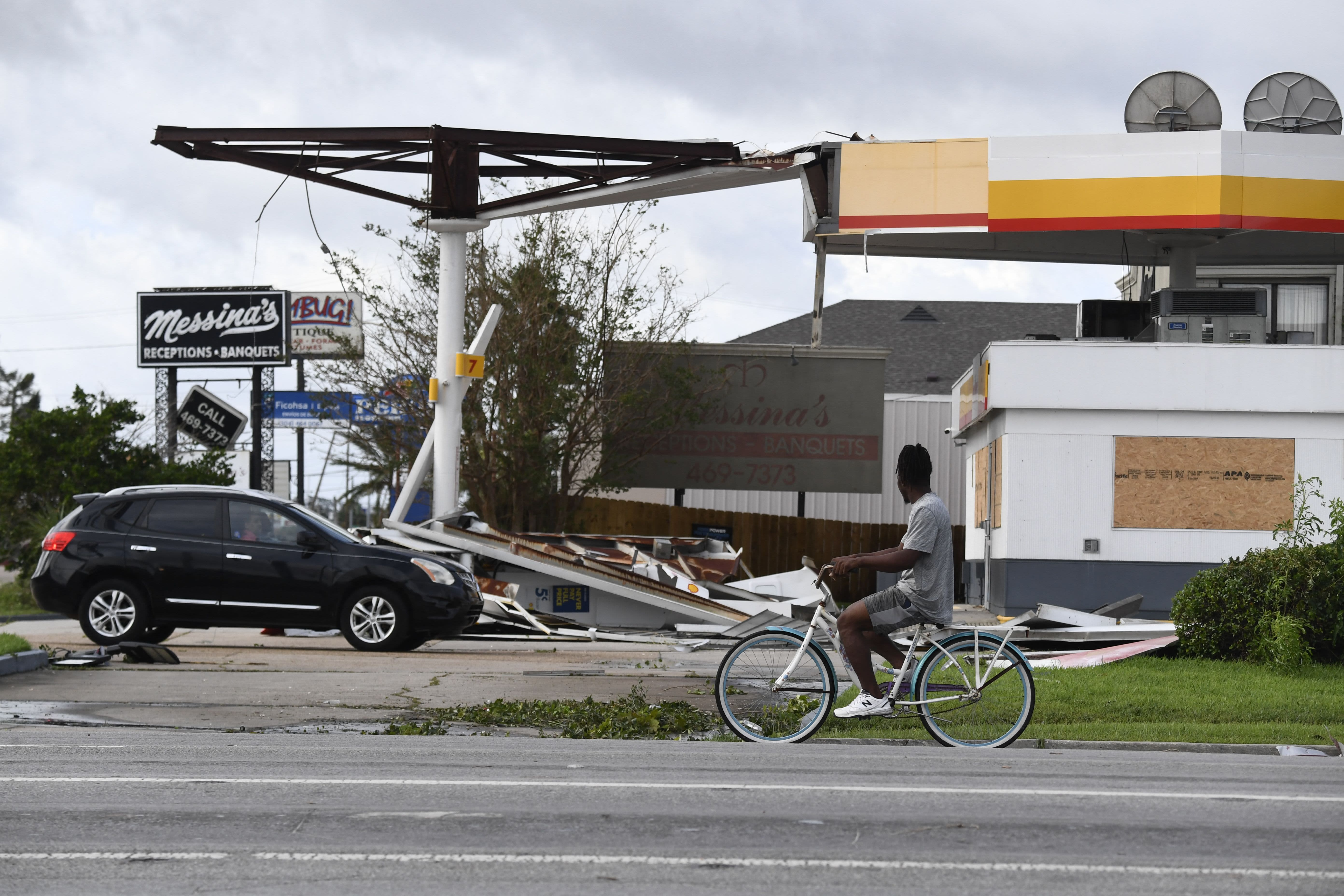 Tropical storm Ida leaves more than 1 million without power; one death confirmed